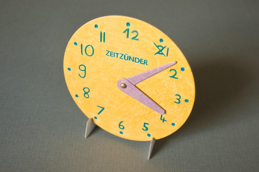 papierlabor-zeitzuender-lernuhr-6